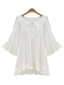 peasant blouse, loose fitting, feminine