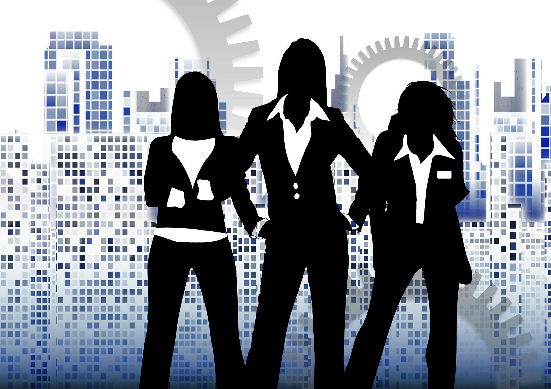 fashion tips for women 50+, working women, plus size working women